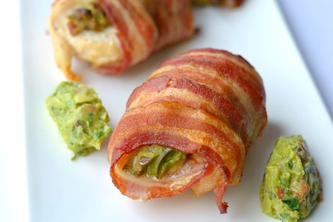 bacon-wrapped guacamole-stuffed chicken